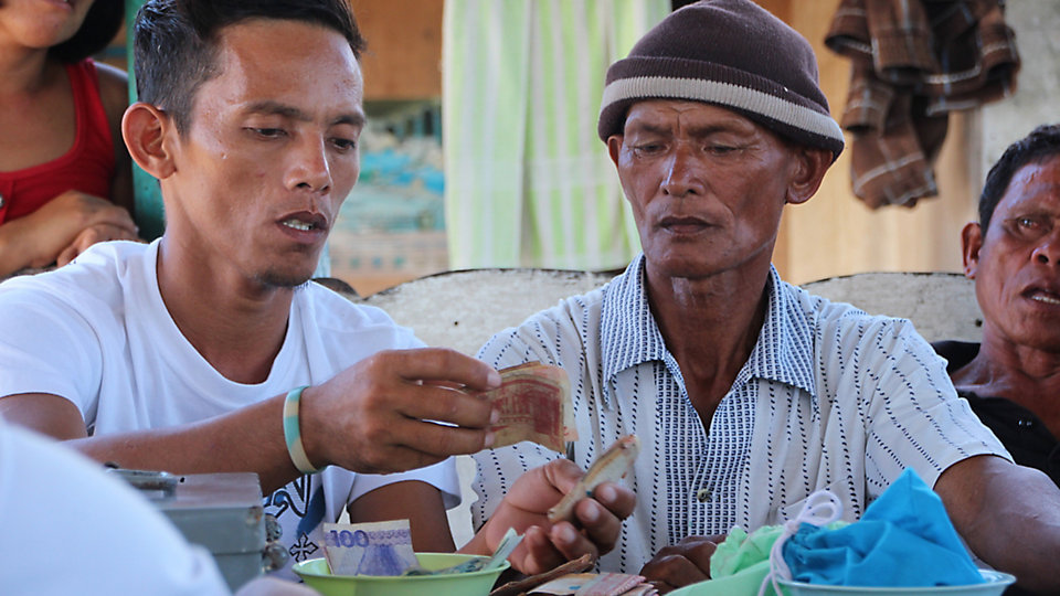 Net-Works works to setting up new community banking systems or strengthening existing networks, that provide financial services and valuable savings education for men and women.