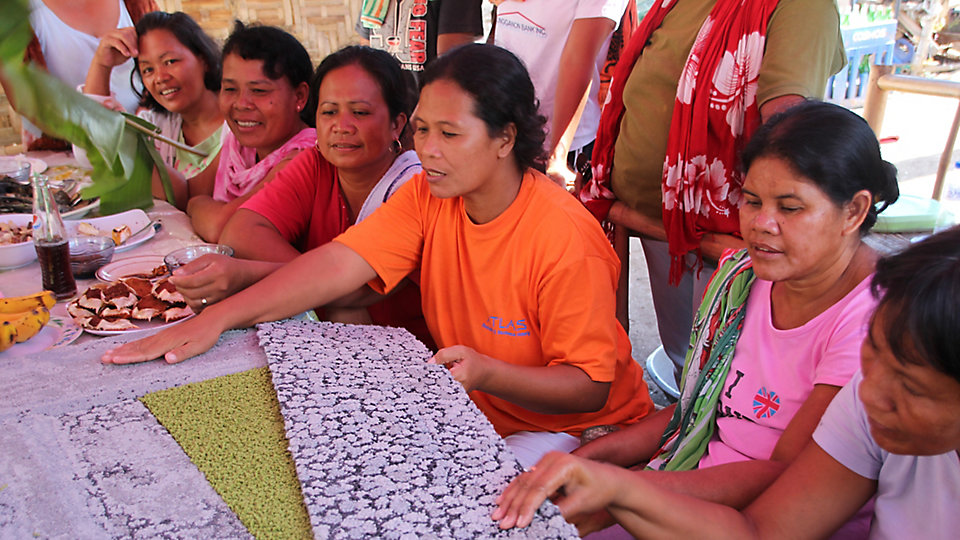 As community members sell nets into Net-Works' global supply chain, the programme provides long term value that would otherwise not be available, and a valuable source of additional income.