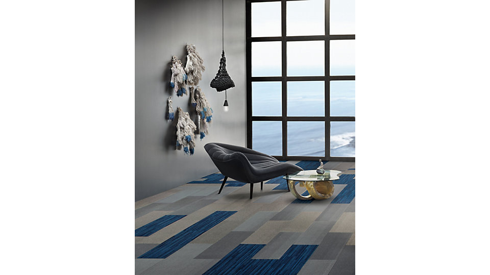 <b>Collection</b> Net Effect &nbsp;&nbsp;<b>Product</b> B701 &nbsp;&nbsp;<b>Color</b> Pacific &nbsp;&nbsp;<b>Product</b> B703 &nbsp;&nbsp;<b>Colors</b> North Sea, Driftwood &nbsp;&nbsp;<b>Installed</b> Pattern by Tile
