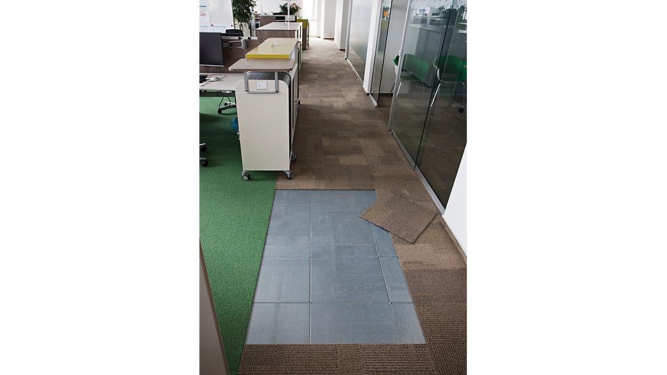 Installation Intercell avec dalles de moquettes