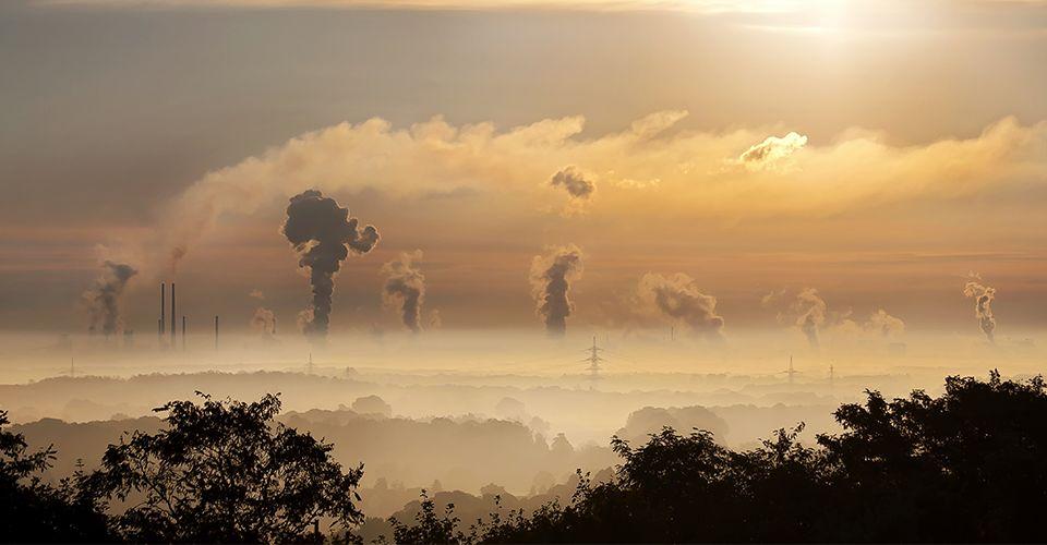 Prevemos que 2018 verá mais empresas, governos e organizações sem fins lucrativos se comprometerem com soluções climáticas.. <img src=