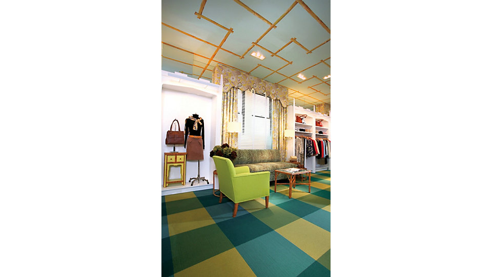 <b>Product</b> Viva Colores &nbsp;&nbsp;<b>Colours</b> 101127 Verde Amarillo, 101137 Verde Jade, 101134 Verde, 101138 Azul Verdoso &nbsp;&nbsp;<b>Installed</b> Pattern by Tile &nbsp;&nbsp;<b>Photo</b> Patrick Mulcahy