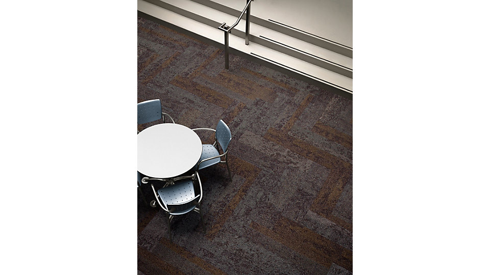 <b>Product</b> Nimbus &nbsp;&nbsp;<b>Color</b> 103700 Tobacco &nbsp;&nbsp;<b>Installed</b> Herringbone
