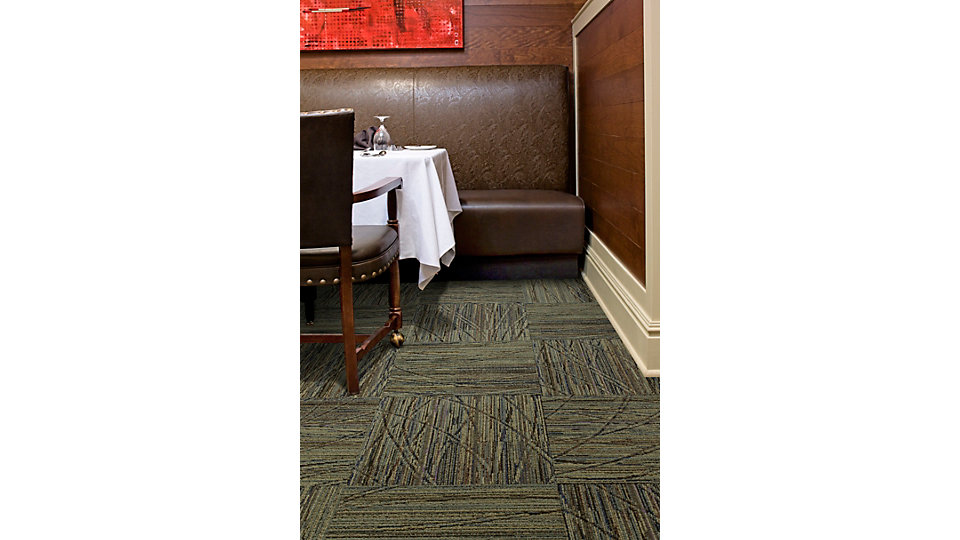 <b>Collection</b> Biodiversity &nbsp;&nbsp;<b>Product</b> Prairie Grass &nbsp;&nbsp;<b>Color</b> 9312 Savanna &nbsp;&nbsp;<b>Installed</b> Quarter-turn