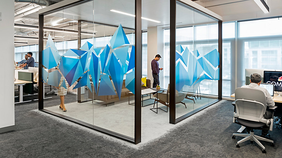 <b>Location</b> Comcast Silicon Valley Innovation Center, Sunnyvale, CA   <b>Collection</b> Urban Retreat   <b>Product</b> UR101   <b>Color</b> 103502 Charcoal / Lichen   <b>Product</b> UR102   <b>Color</b> 102992 Charcoal   <b>Product</b> UR103   <b>Color</b> 100638 Lichen   <b>Architect / Design</b> Blitz Architecture + Interiors   <b>Photo</b> ©Jasper Sanidad