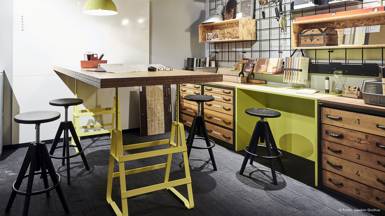 Miraculous Modulare Textile Elastische Bodenbelage Interface Bralicious Painted Fabric Chair Ideas Braliciousco