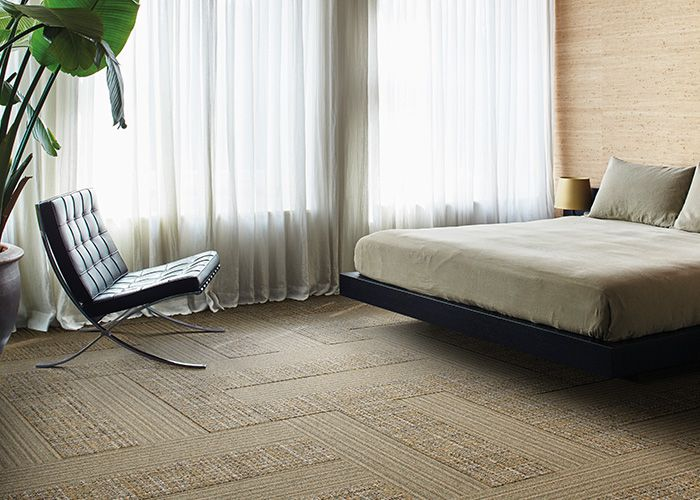 A neutral palette helps bring comfort and calm to the room. Products: WW865 – Dale Warp, WW895 – Dale Weave