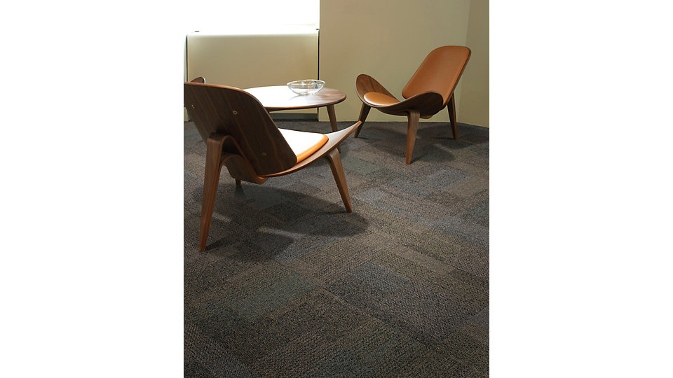 <b>Product</b> The Standard &nbsp;&nbsp;<b>Colour</b> 9361 Mangrove &nbsp;&nbsp;<b>Installed</b> Non Directional
