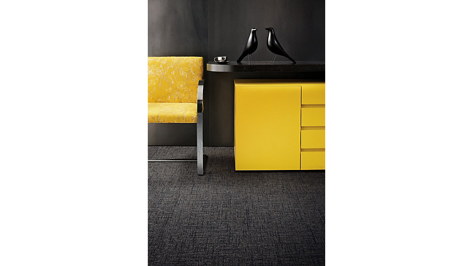 <b>Collection</b> Urban Retreat &nbsp;<b>Produit</b> UR303 &nbsp;<b>Couleur</b> 102970 Granite &nbsp;<b>Installation</b> Monolithique